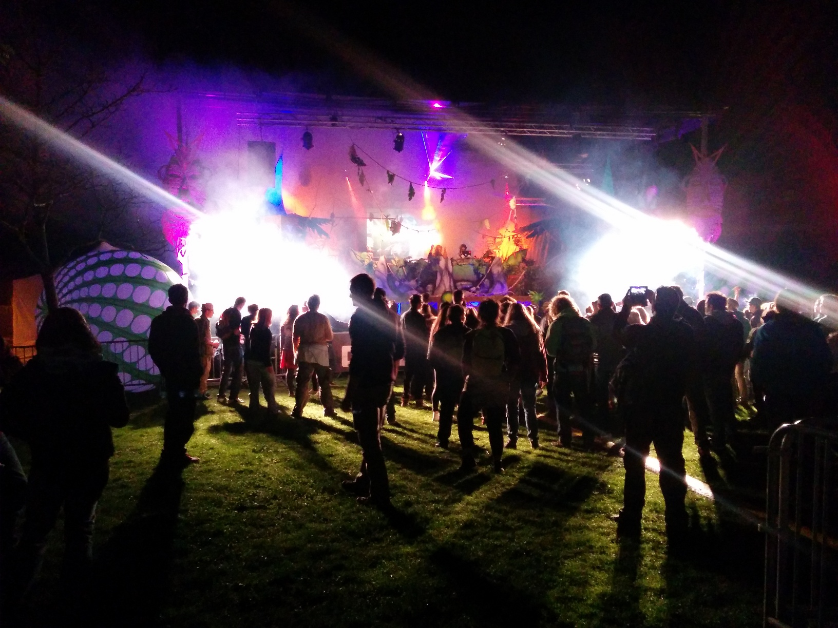 outdoormix-festival-party